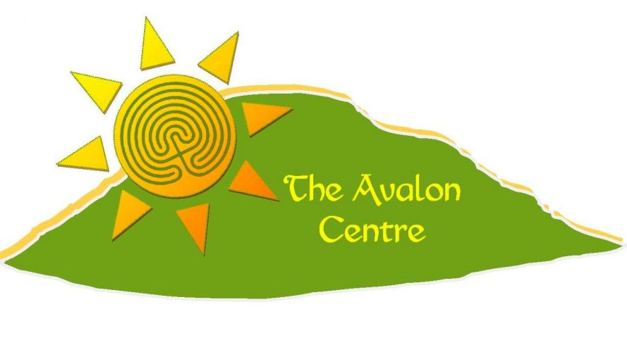 The Avalon Centre - 1 Kings Street Glastonbury BA6 9JX logo lge